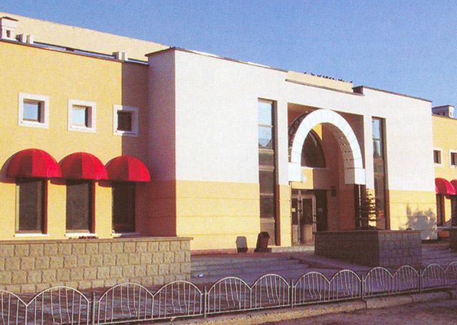 Универмаг «Центральный» в городе Обнинске в 2002 году