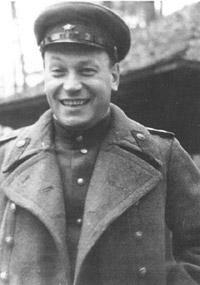 Лейпунский в форме полковника НКВД СССР во время командировки в Германию (осень 1945 года)