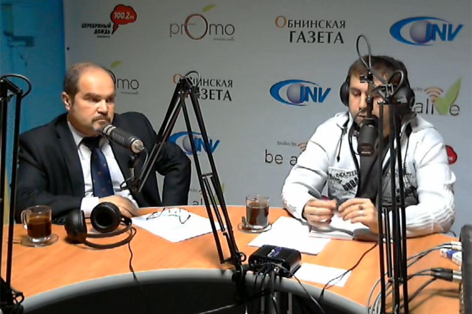 Вячеслав Вячеславович Лежнин в студии BeAlive.FM (кадр из видео)