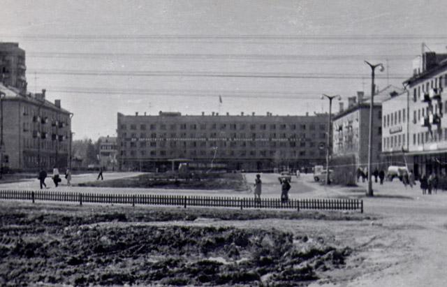 Улица Лейпунского в 1973 году