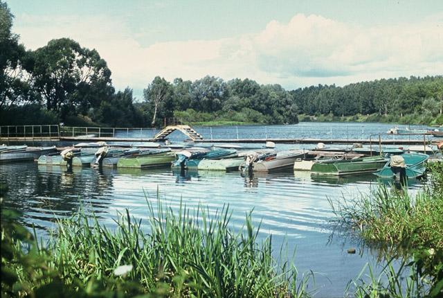 Понтонный мост через реку Протву в советское время