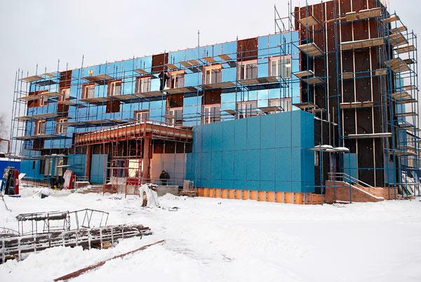 Здание СДЮШОР Ларисы Латыниной в городе Обнинске на этапе строительства