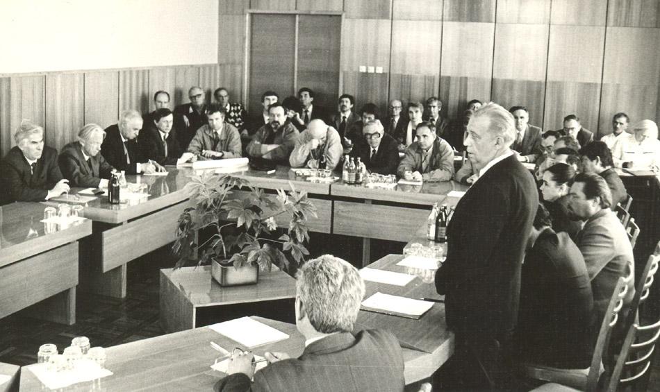 Владимир Николаевич Силаев проводит совещание, посвящённое «Агригазполимеру»