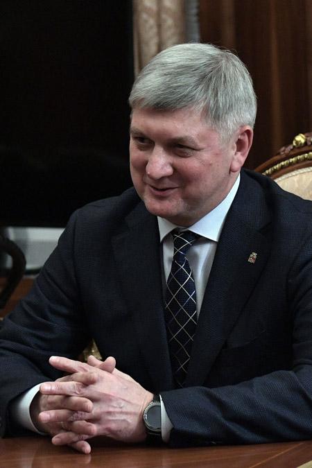 Александр Викторович Гусев