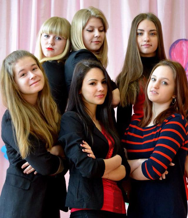 Команда «Бубий бант» школьной лиги КВН в городе Обнинске