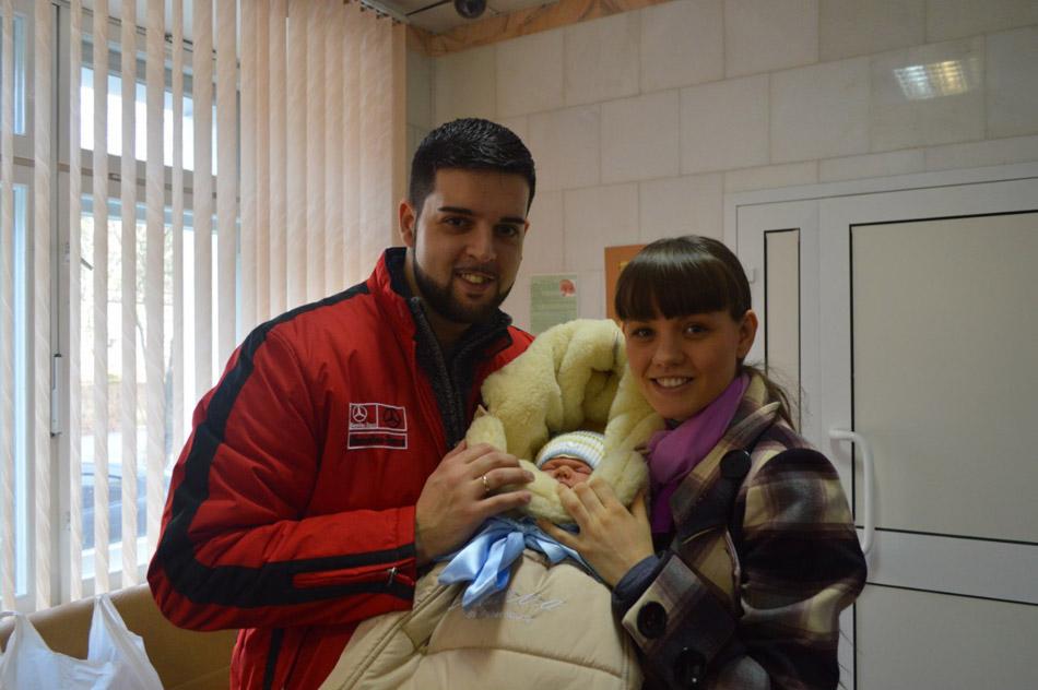 Диего Бевилаква Акино с женой Катей и сыном Артуром