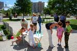 5 июня 2011 года на Библиотечной площади в городе Обнинске прошла выставка детских экологических рисунков