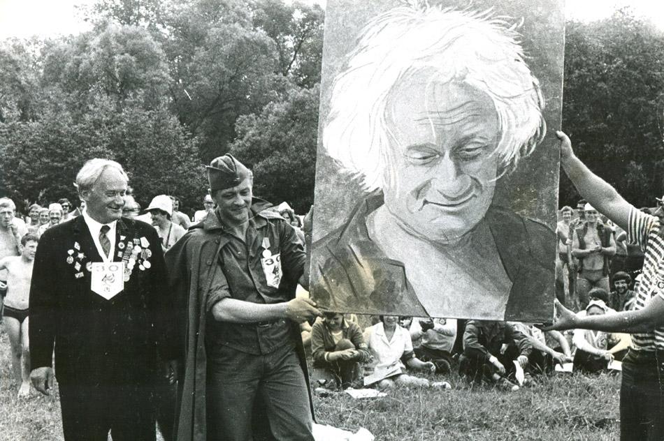 Евгений Фёдорович Ворожейкин с собственным портретом
