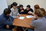 Участники проекта «Обнинск без границ» играют в рамках клуба настольных игр «GameTown» в городе Обнинске (10 февраля 2012 года)