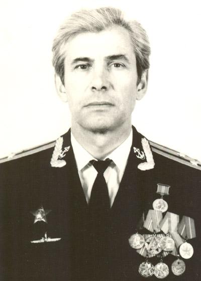 Лев Григорьевич Здесенко