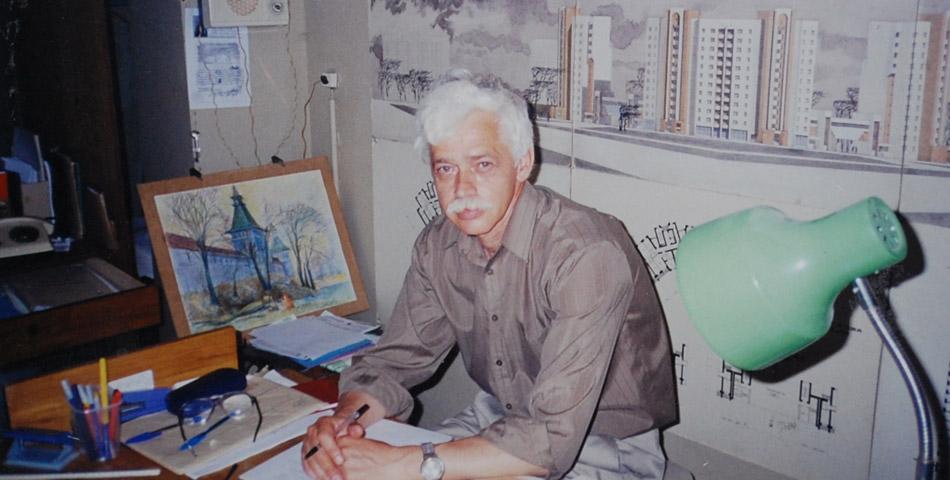 Михаил Михайлович Белоусов