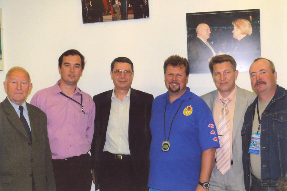 Николай Евгеньевич Шубин с обнинскими деятелями спорта