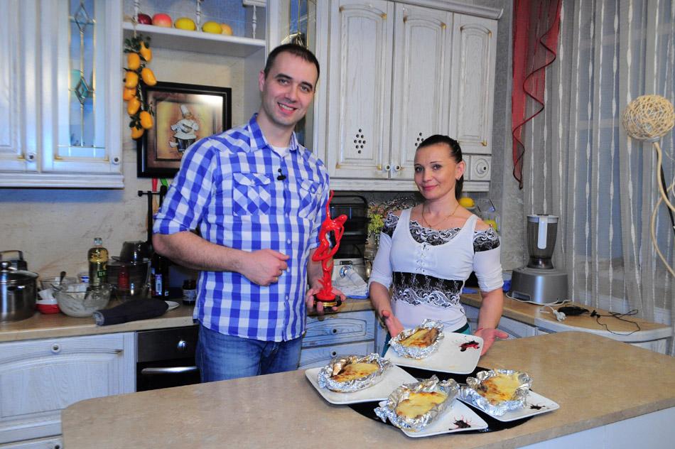 Анастасия Николаевна Дзюндзяк в студии программы «Будем вкусно есть» вместе с Георгием Разуваевым