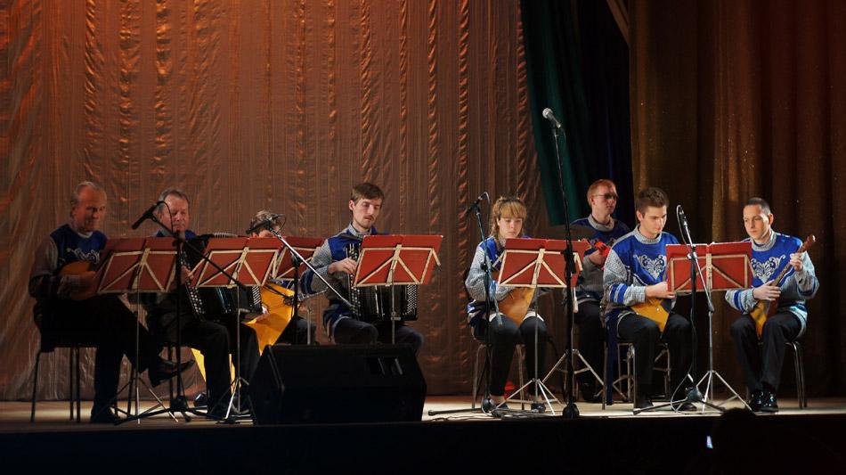 Русский инструментальный ансамбль «Сувенир» в городе Обнинске