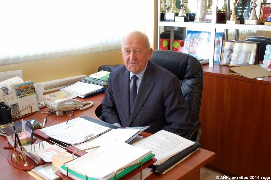 Роальд Геннадьевич Тогаев на своём рабочем месте