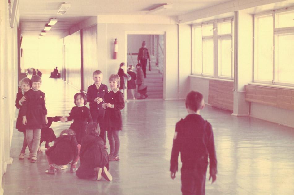 Коридор школы №13 в городе Обнинске в советское время
