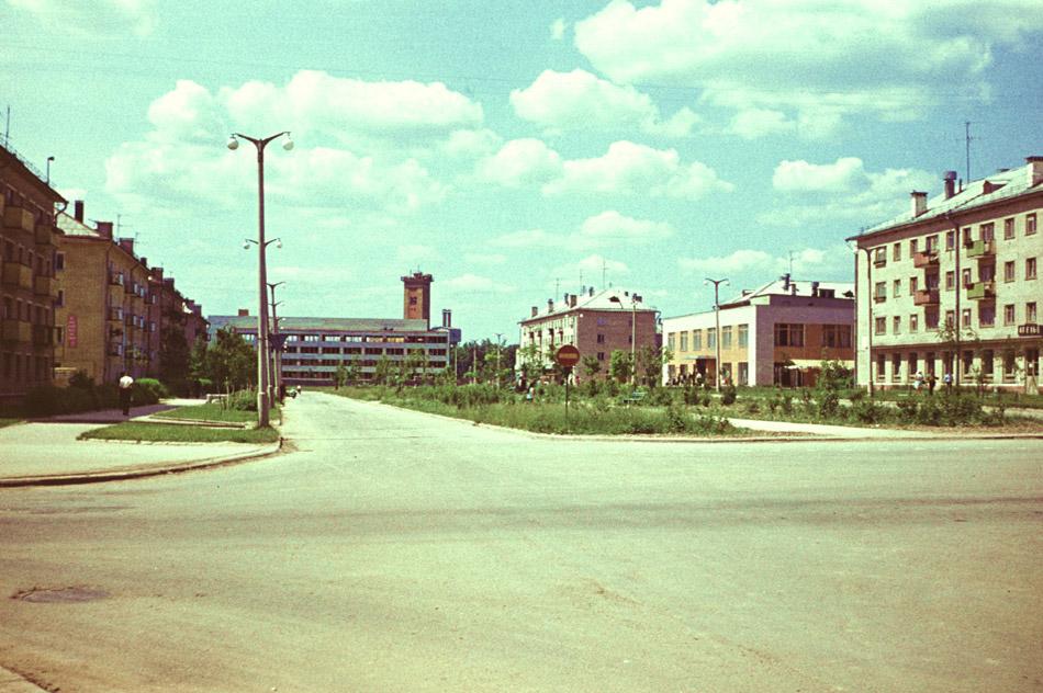 Улица Победы (бульвар Энтузиастов) в 1971 году в городе Обнинске