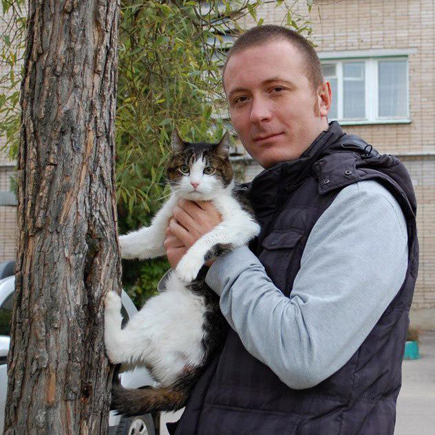 Кот Вася и Артём Игоревич Майнас