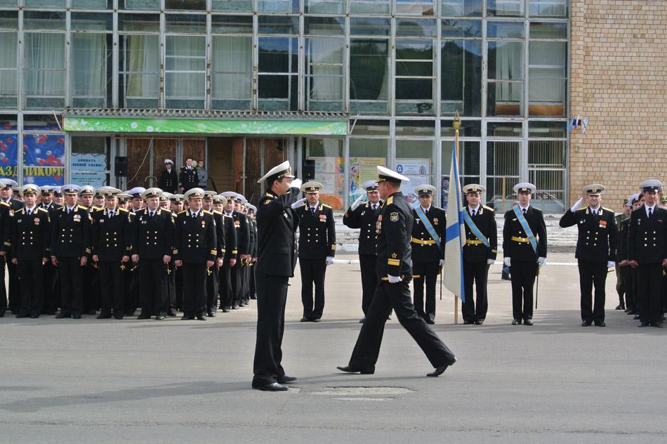 Шефские связи с моряками-подводниками Северного флота продолжаются