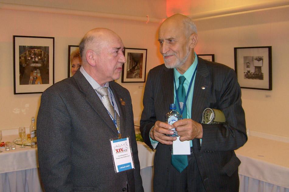 Владимир Борисович Серебренников с Николаем Николаевичем Дроздовым в 2010 году