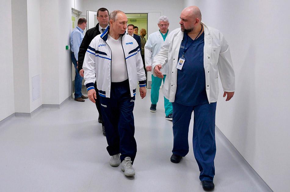 Владимир Владимирович Путин и Денис Николаевич Проценко (24 марта 2020 года)