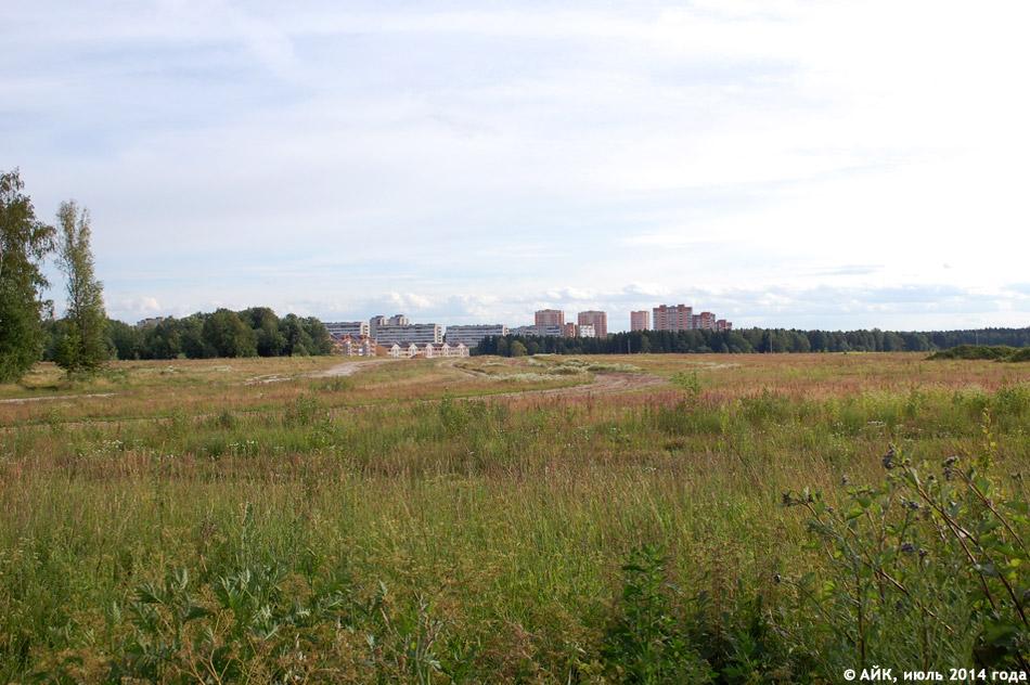 Поле, на котором расположится район «Заовражье» в городе Обнинске